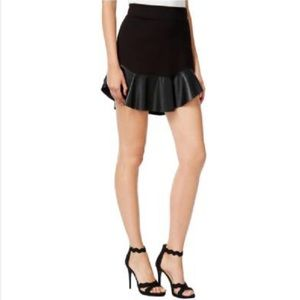 Black Mini Skirt with faux leather sz L